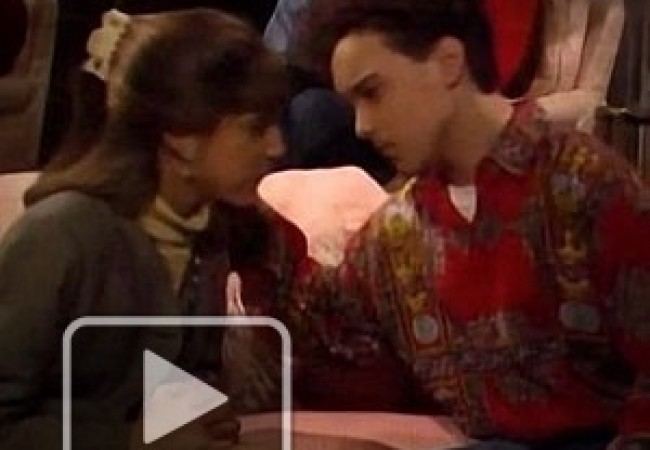 Blossom 1x05 Mayim y Johnny2b.avi_